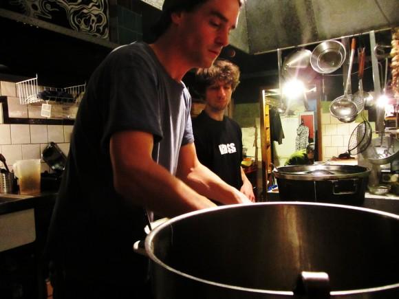Vegan Cooking in De Peper